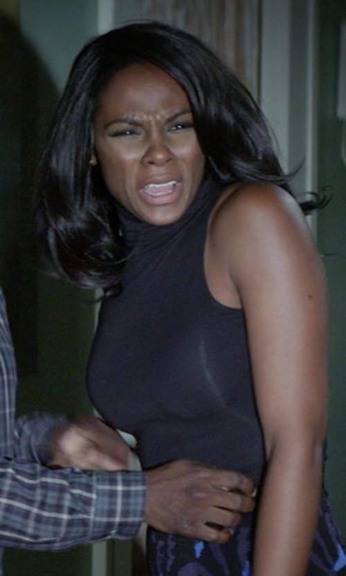 Tika Sumpter with Theory Wendel Ribbed Sleeveless Turtleneck in Ride Along