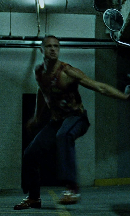 Brad Pitt with Gucci Leather Loafers in Fight Club