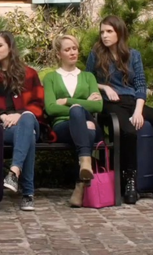 Anna Camp with Siwy Hannah Skinny Jeans in Pitch Perfect 3