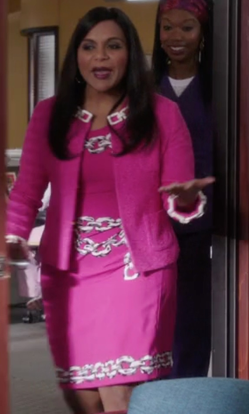 Mindy Kaling with Moschino Cheap & Chic Chain Print Dress in The Mindy Project