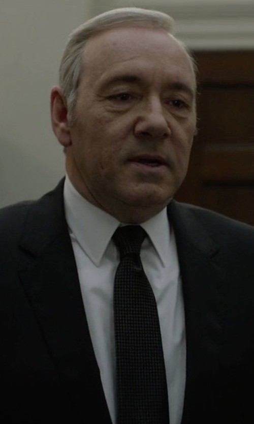 Kevin Spacey with Paul Smith Micro-Floral Silk Tie in House of Cards