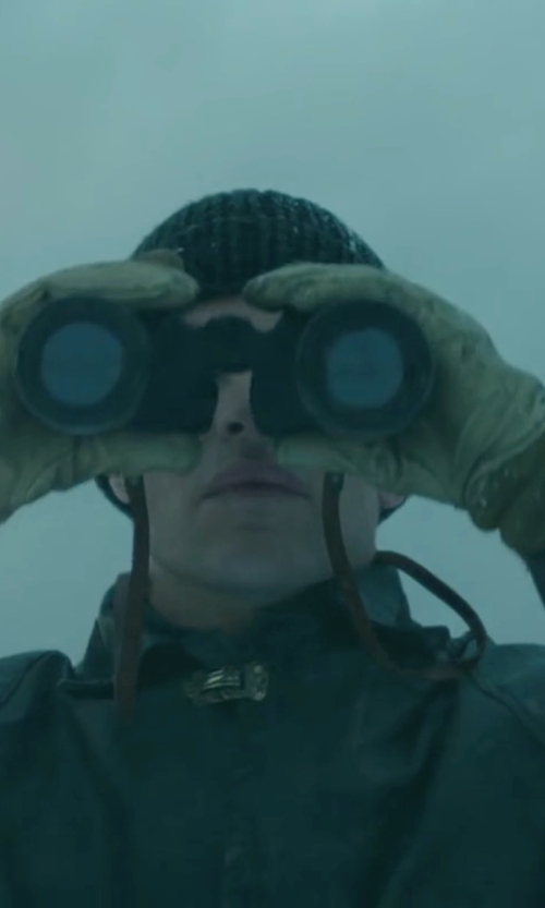 Chris Pine with Bushnell Falcon Binoculars in The Finest Hours