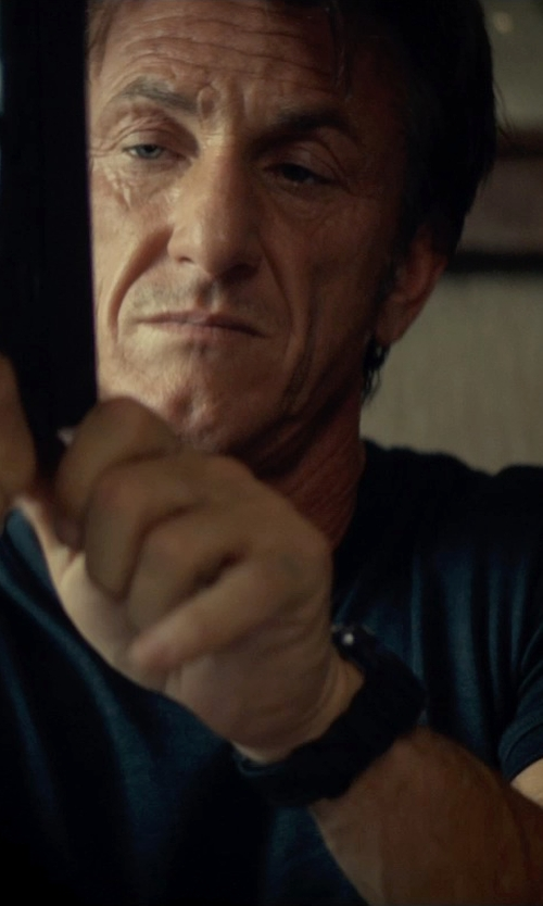 Sean Penn with ATM Anthony Thomas Melillo Slub Jersey T-Shirt in The Gunman