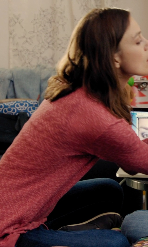 Keira Knightley with Fade to Blue Medium Wash Super Skinny Jeans in Laggies