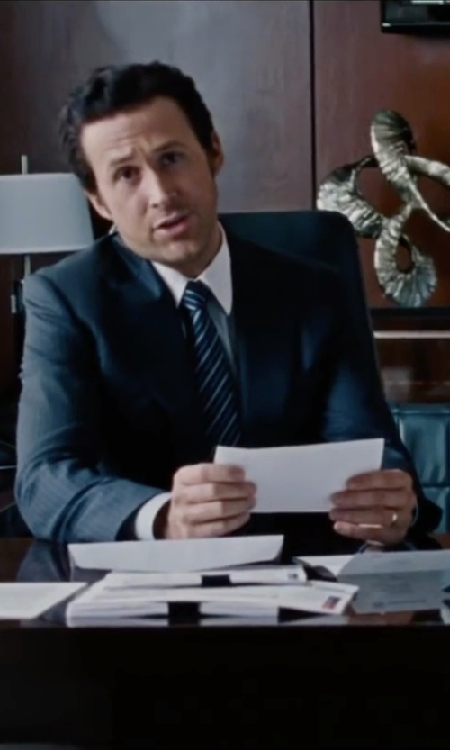 Ryan Gosling with Canali	 Sienna Contemporary-Fit Textured Solid Suit in The Big Short