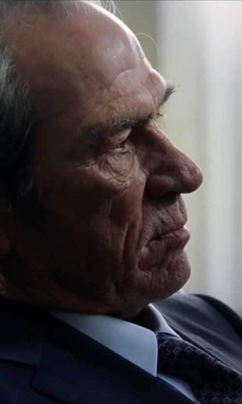 Tommy Lee Jones with Saks Fifth Avenue Collection Floating Squares Silk Tie in Jason Bourne