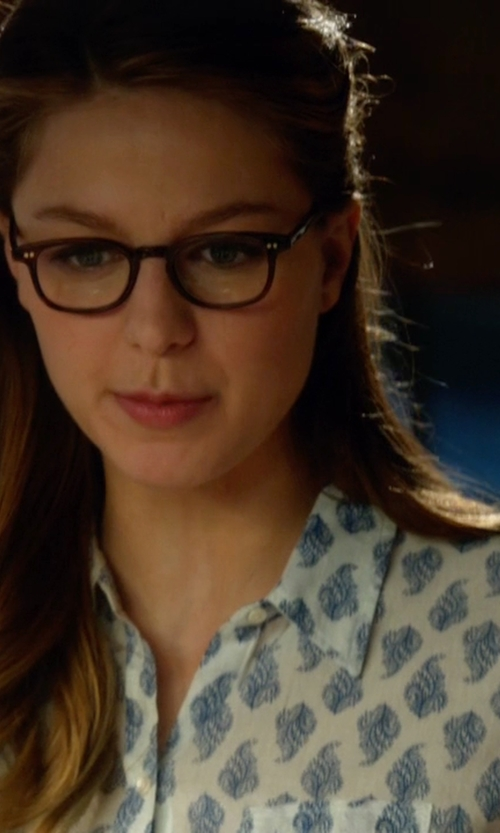 Melissa Benoist with Ann Taylor Bow Print Crepe Button Down Shirt in Supergirl