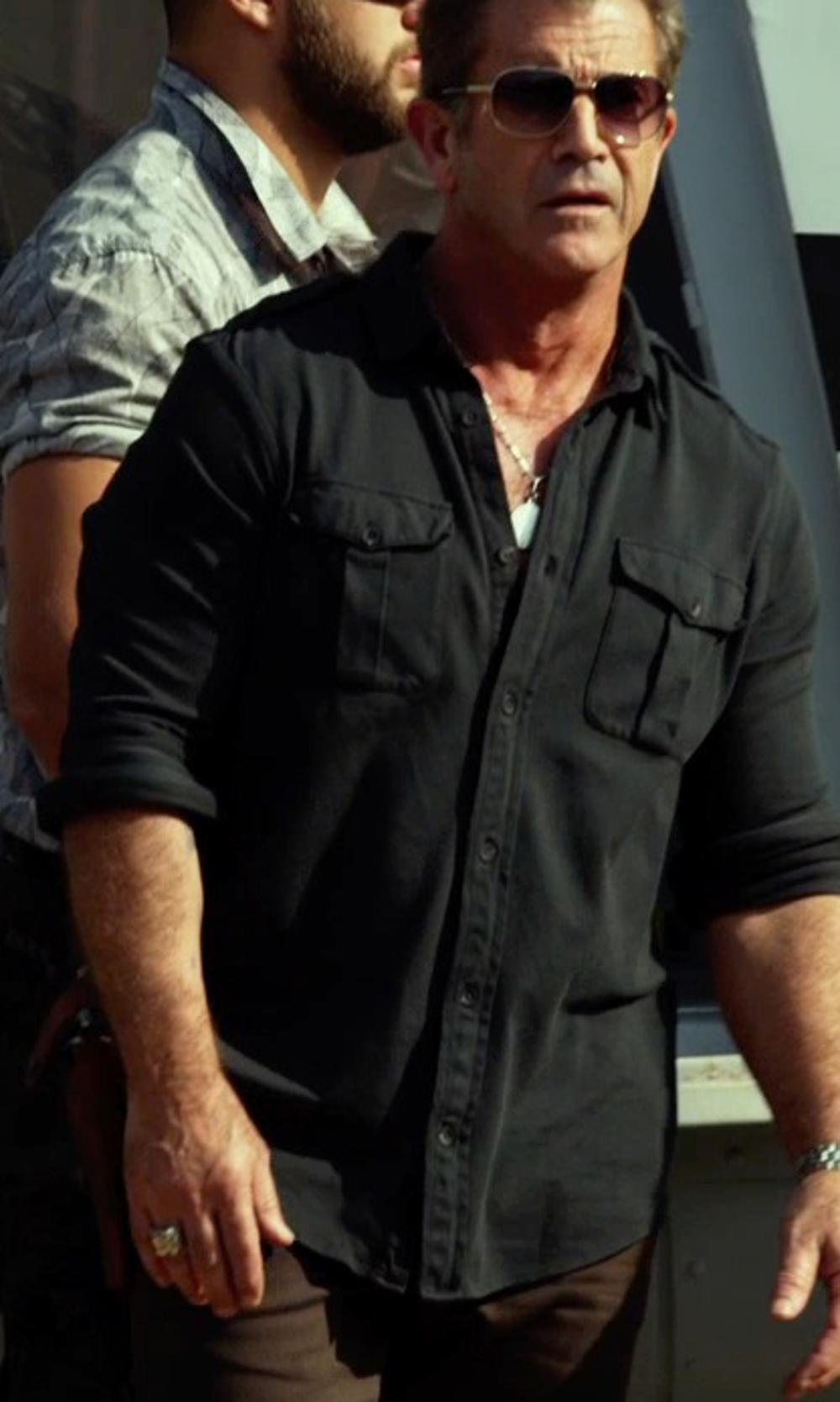 Mel Gibson with Prestige Unity Men's Diamond Ring in The Expendables 3