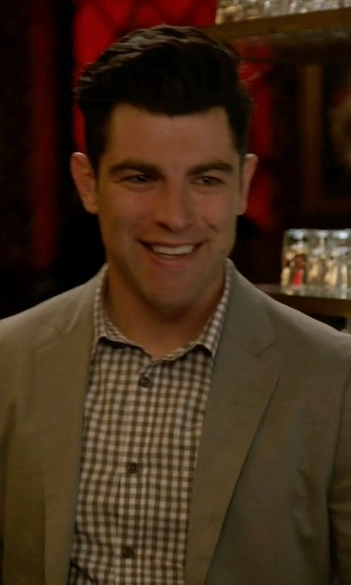 Max Greenfield with Paoloni Single Breasted Blazer in New Girl
