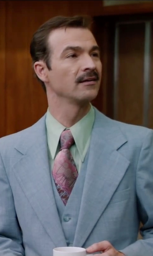 Matthew Stanton with Van Heusen Poplin No-Iron Dress Shirt in Anchorman 2: The Legend Continues