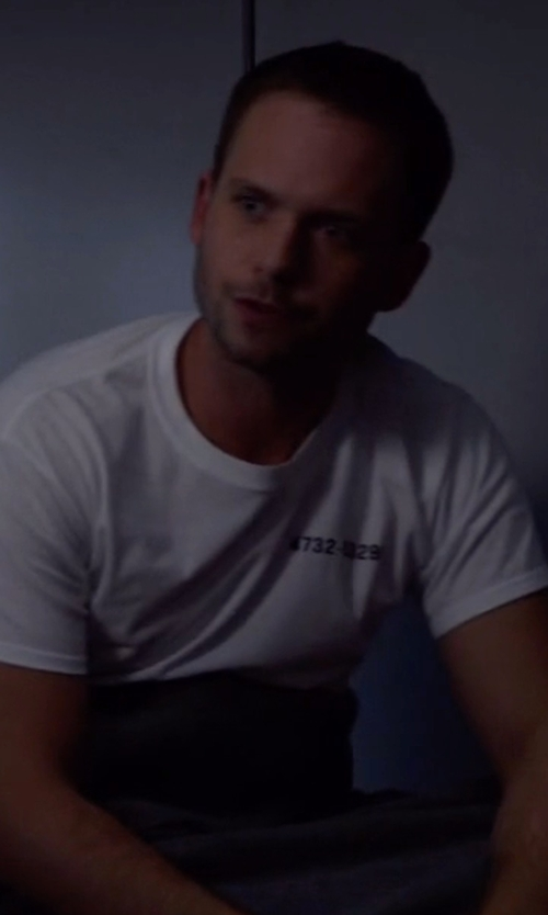 Patrick J. Adams with Alfani Slim-Fit Crewneck T-Shirt in Suits