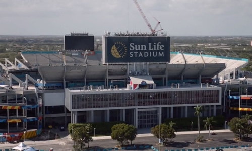 No Actor with Sun Life Stadium Miami Gardens, Florida in Ballers