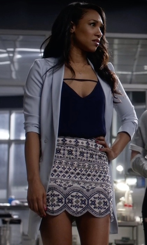 Candice Patton with Topshop Slouchy Longline Blazer in The Flash