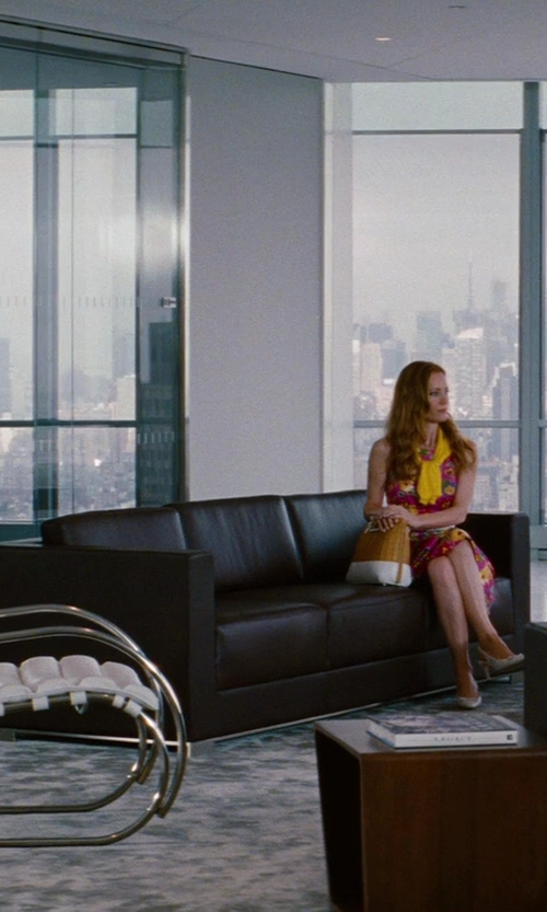 Cameron Diaz with Flash Furniture Hercules Diplomat Series Brown Leather Sofa in The Other Woman