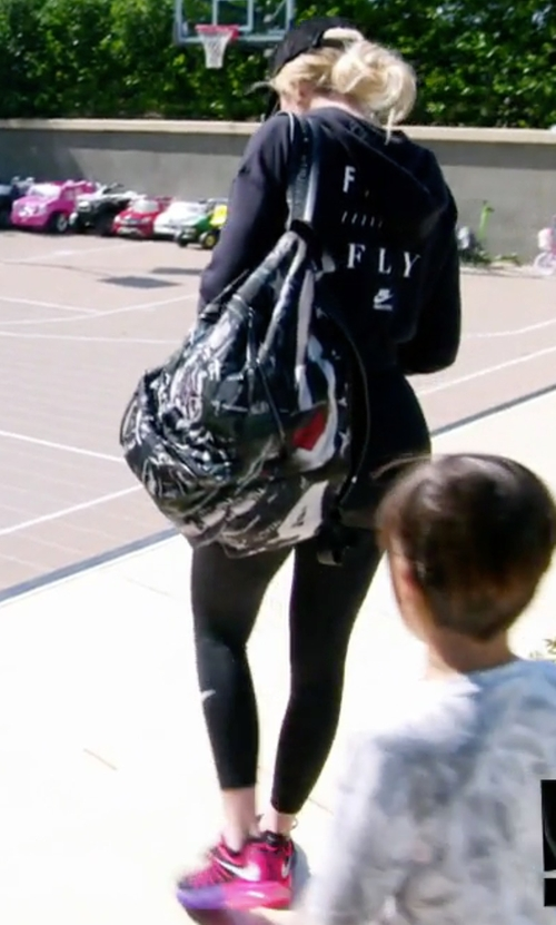 Khloe Kardashian with Nike Women's Air Max 2015 Running Shoes in Keeping Up With The Kardashians