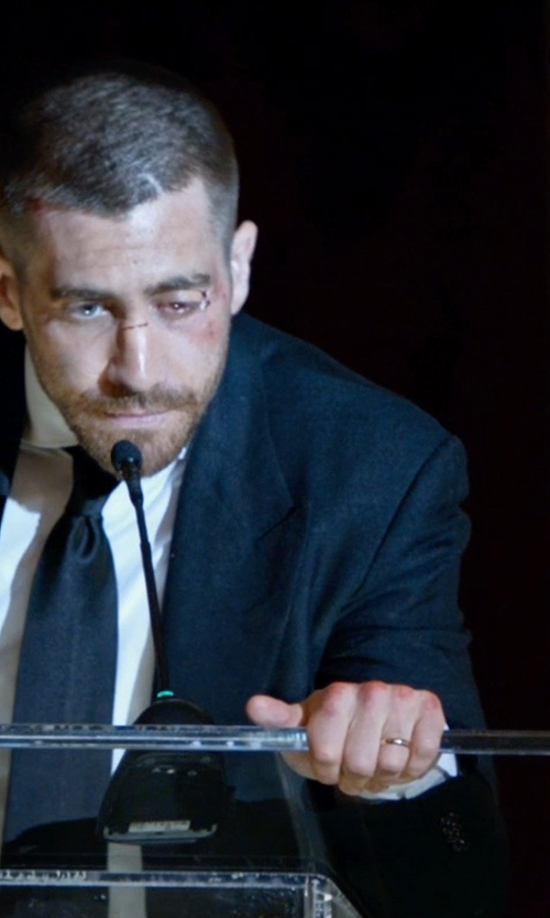 Jake Gyllenhaal with The Men's Jewelry Store Euro-Style Light Comfort-Fit Wedding Band in Southpaw