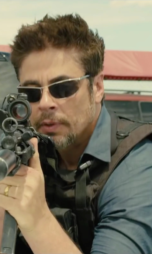 Benicio Del Toro with J. Crew Ludlow Spread-Collar Shirt in Sicario