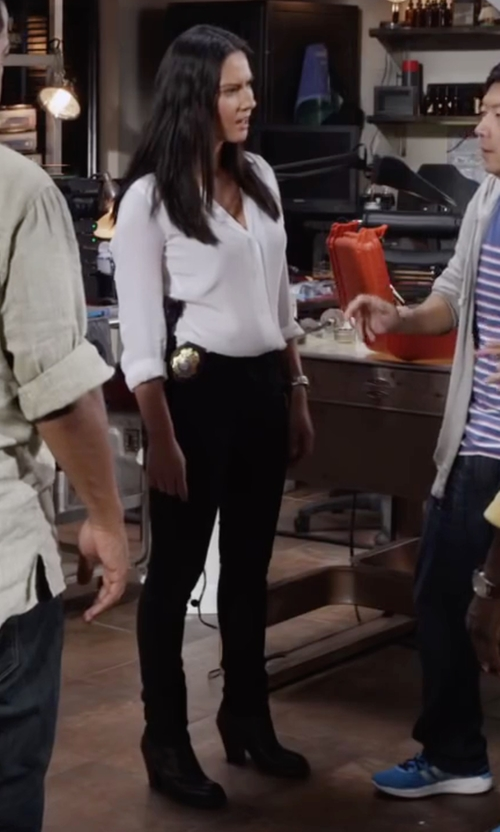 Olivia Munn with Hudson Krista Supermodel Length Skinny Jeans in Ride Along 2
