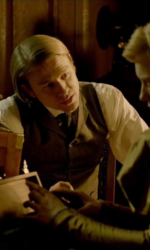 Charlie Hunnam with Ludlow Pleated Tuxedo Shirt in Crimson Peak