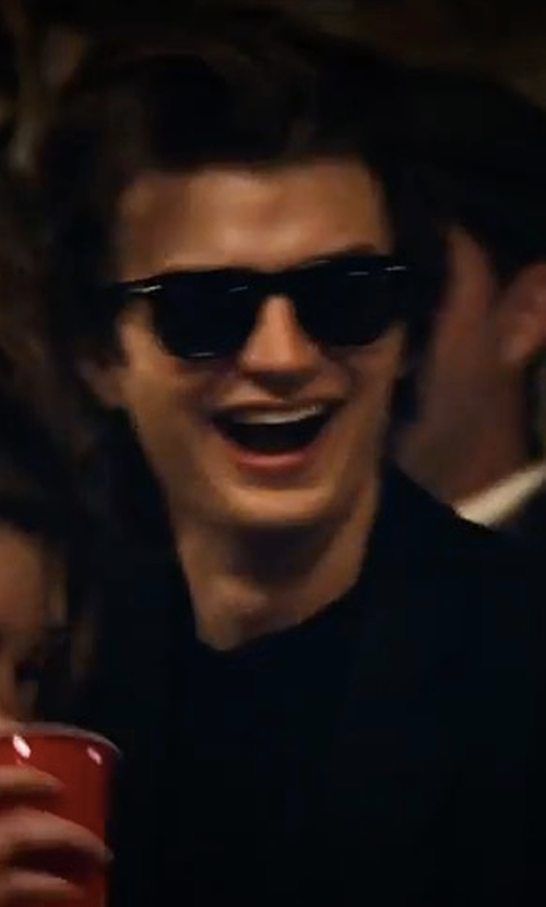 Joe Keery with Ray-Ban Flat-Top Plastic Sunglasses in Stranger Things