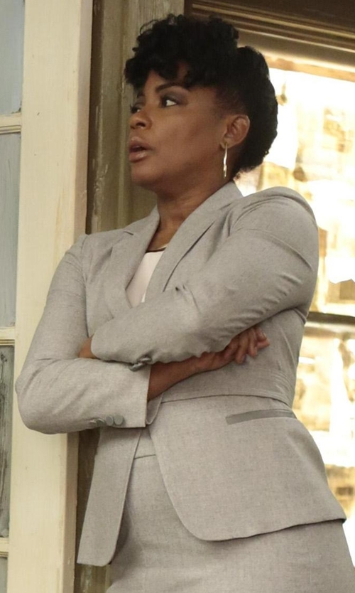 Aunjanue Ellis with Bailey 44 Jane Blazer in Quantico