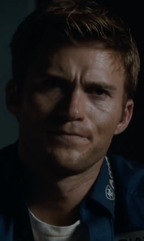Scott Eastwood with Perry Ellis Luxe Crew Neck Tee Shirt in The Longest Ride