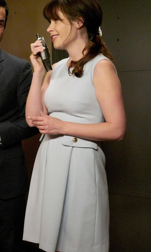 Zooey Deschanel with Diane Von Furstenberg  Carpreena Minidress in New Girl