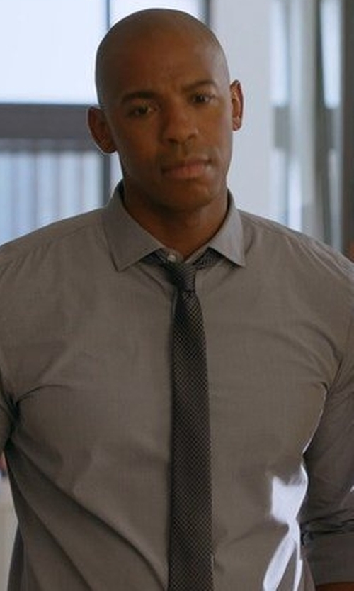 Mehcad Brooks with Armani Collezioni Solid Silk Tie in Supergirl