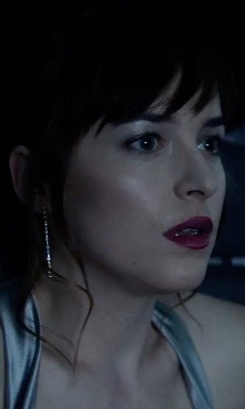 Dakota Johnson with Kendra Scott Tallulah Crystal Chain Drop Earrings in Fifty Shades Darker