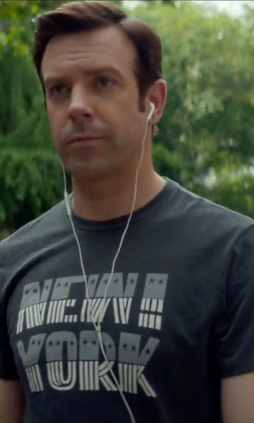 Jason Sudeikis with Shirts by Sarah New York State Pride T-Shirt in Sleeping with Other People