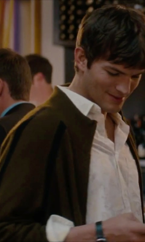 Ashton Kutcher with Malo Cardigan in No Strings Attached