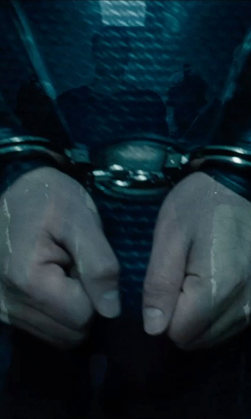 Henry Cavill with Galls Double Lock Handcuffs in Man of Steel