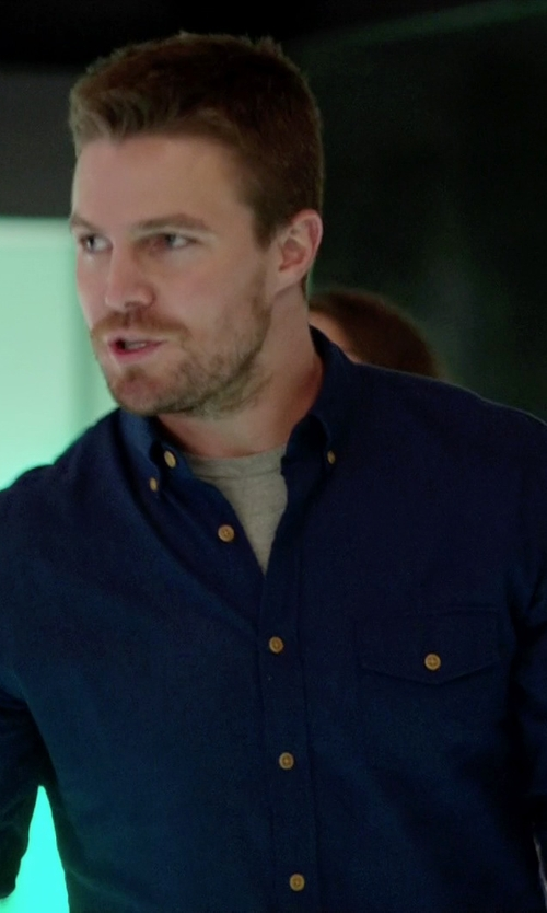 Stephen Amell with J.Crew Brushed Twill Utility Shirt in Arrow