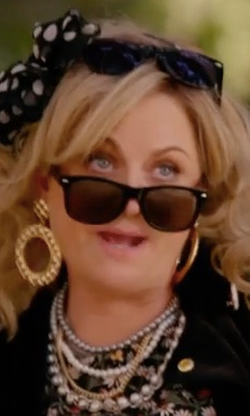 Amy Poehler with Ray-Ban Classic Wayfarer Sunglasses in Wet Hot American Summer: Ten Years Later