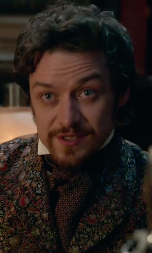 James McAvoy with Barneys New York Circle-Print Twill Ascot in Victor Frankenstein