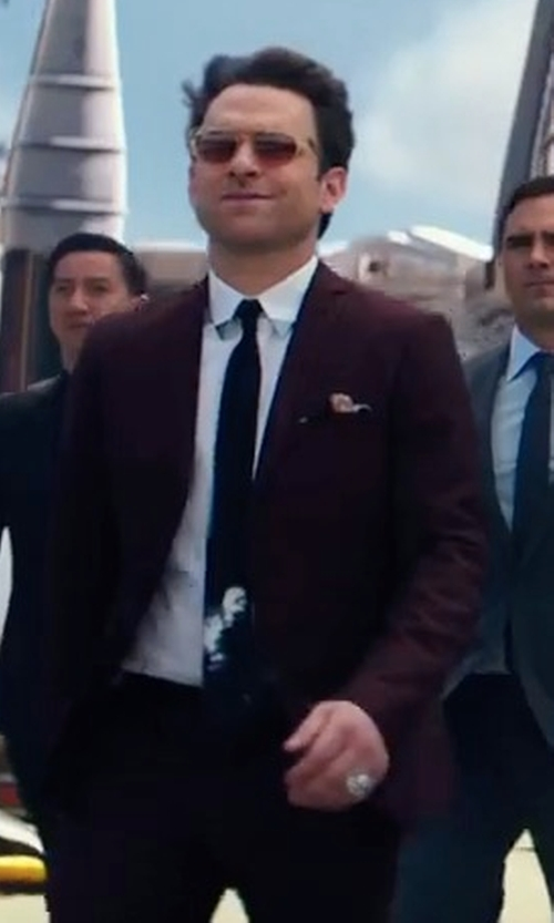Charlie Day with PL Slim Fit Two-Piece Suit in Pacific Rim: Uprising