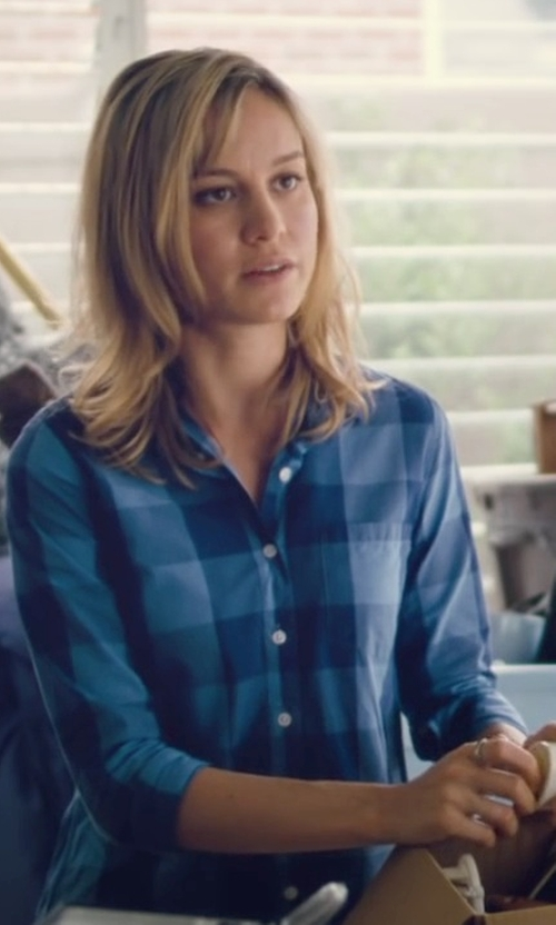 Brie Larson with Woolrich Buffalo Check Flannel Shirt in Trainwreck