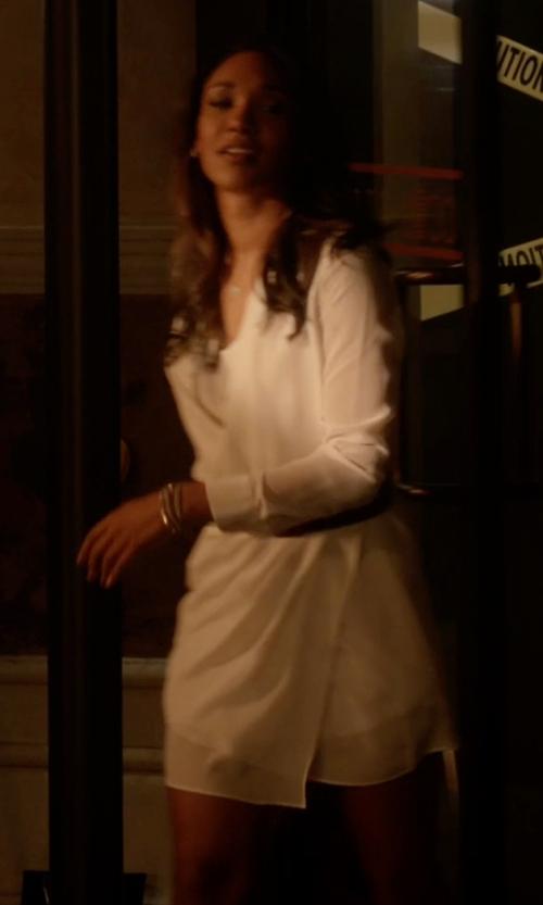 Candice Patton with La Fabbrica Del Lino Short Dress in The Flash