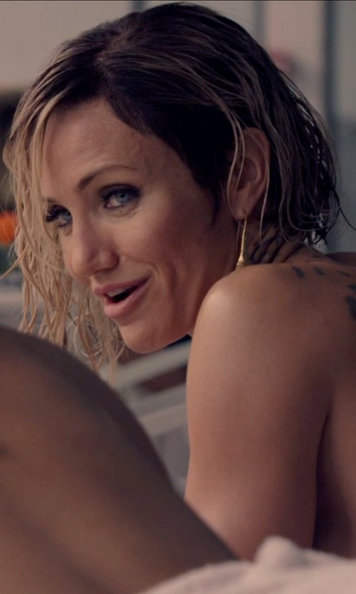 Cameron Diaz with Marcia Moran Glamour Gold Plated Drop Stone Earrings in The Counselor