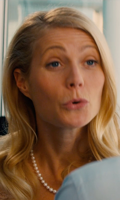 Gwyneth Paltrow with Saint Laurent Pearl Beaded Strand Necklace in Mortdecai