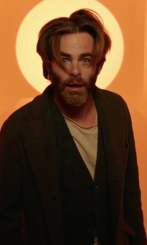 Chris Pine with Sene Wool Vest in A Wrinkle In Time