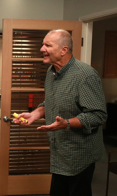 Ed O'Neill with Daniel Cremieux Signature Men's Long-Sleeve Gingham Non-Iron Shirt in Modern Family