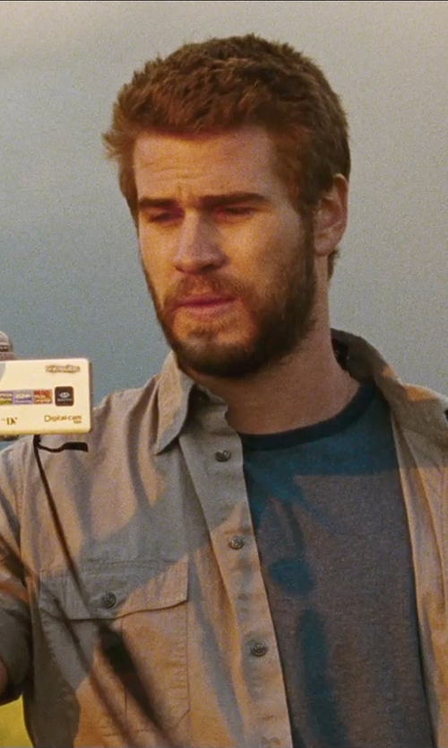 Liam Hemsworth with Samsung Minidv Digital Camcorder in Cut Bank