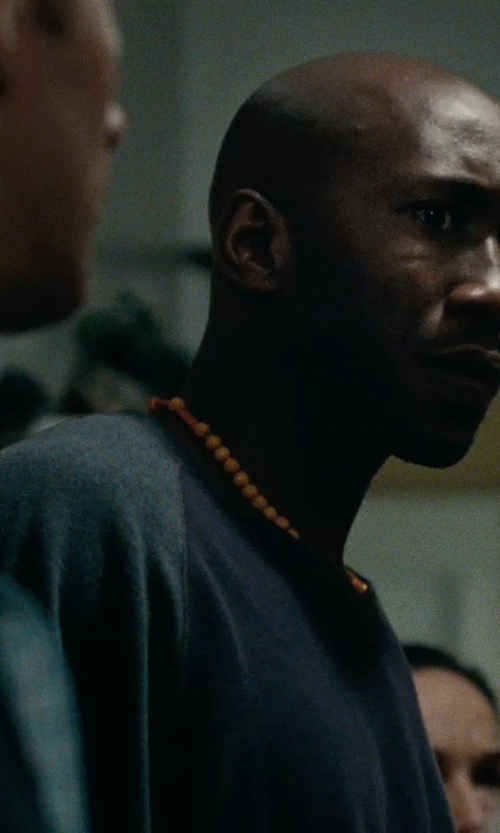 Mahershala Ali with Topman Raglan Long Sleeve T-Shirt in The Place Beyond The Pines
