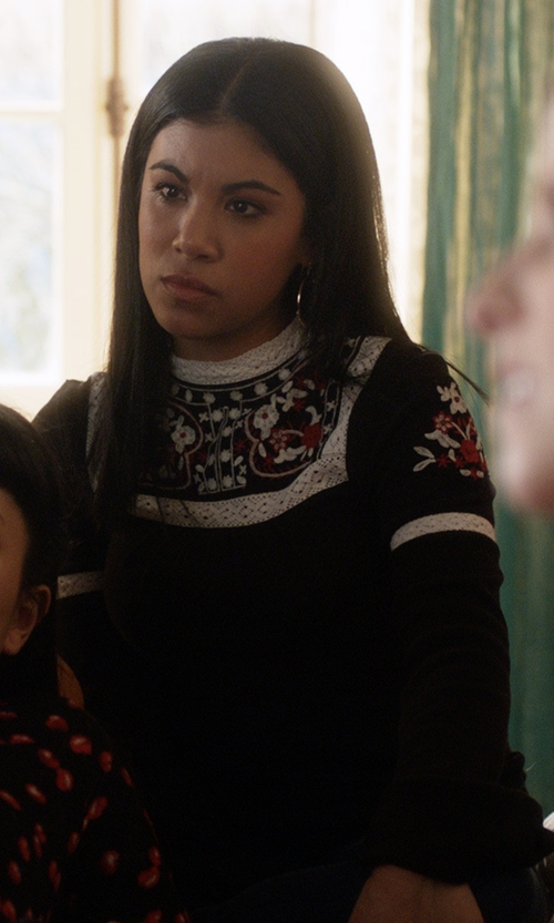 Chrissie Fit with Free People Cozy On Up Embroidered Top in Pitch Perfect 3