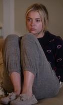 Pretty Little Liars - Season 7 Episode 2 - Bedlam