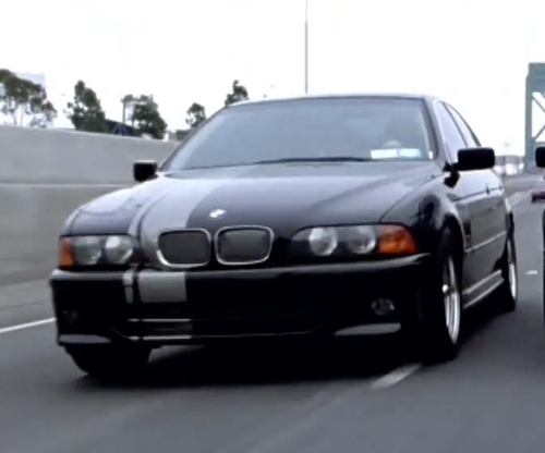 Unknown Actor with BMW 5 E39 Sedan in Mr. & Mrs. Smith