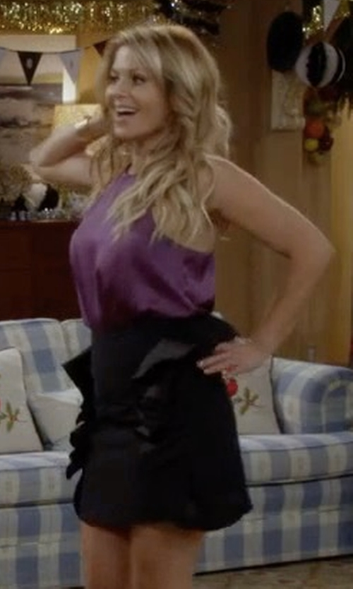 Candace Cameron Bure with Victoria Victoria Beckham Ruffled Cotton-blend Miniskirt in Fuller House