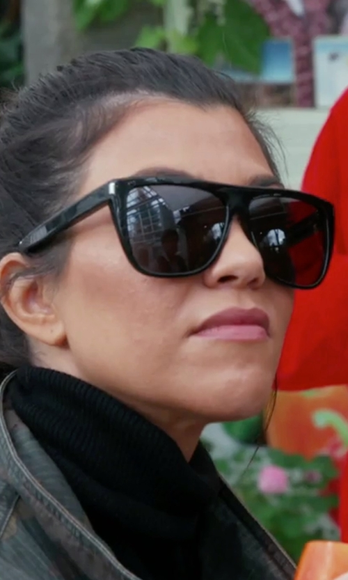 Kourtney Kardashian with Saint Laurent SL 1 Flat Top Sunglasses in Keeping Up With The Kardashians