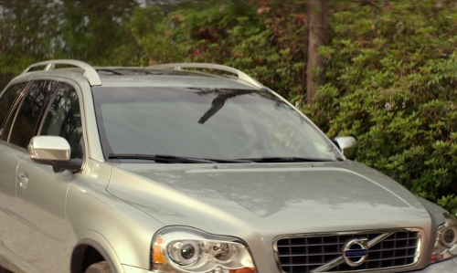 Michelle Monaghan with Volvo XC90 SUV in The Best of Me